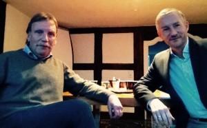 (von links) Günther Klempnauer und Stephen Paul bei der Bürgersprechstunde