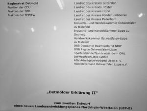 """Einhellige Kritik aus Ostwestfalen-Lippe an den überzogenen LEP-Vorschriften. Die """"Detmolder Erklärung II"""" des Regionalrates, der Kreise und weiterer öffentlicher Institutionen."""