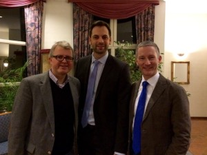 Beim offenen Gesprächsabend in Herford (von links): Bezirksvorsitzender Frank Schäffler, Landtagsabgeordneter Marc Lürbke und Kreisvorsitzender Stephen Paul