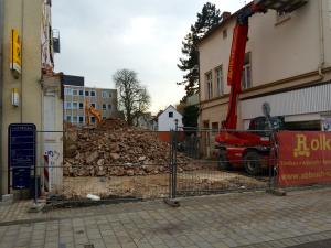 Nach dem Abriss der Häuser Ecke Bäckerstraße / Waisenhausstraße.